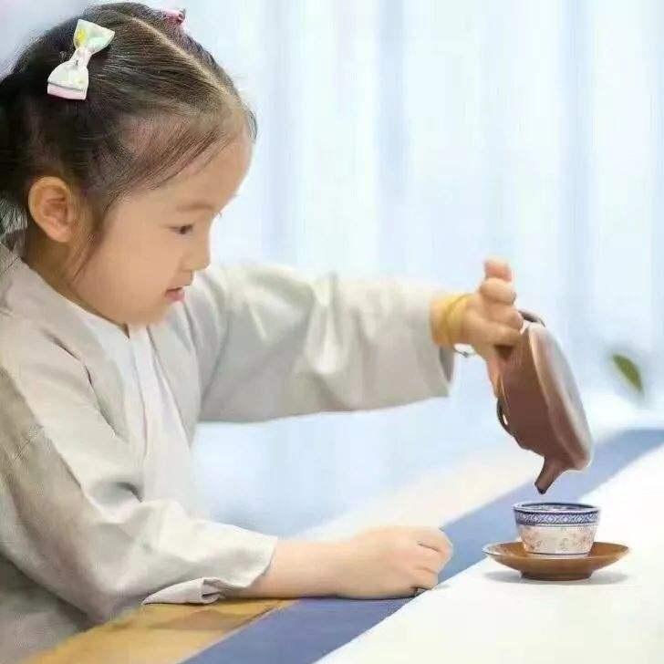 幼儿茶艺表演